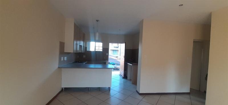 Property For Sale in Monavoni, Centurion 4