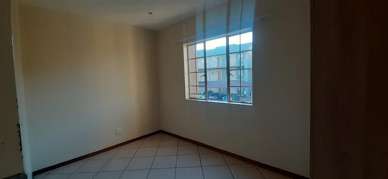 Property For Sale in Monavoni, Centurion 12