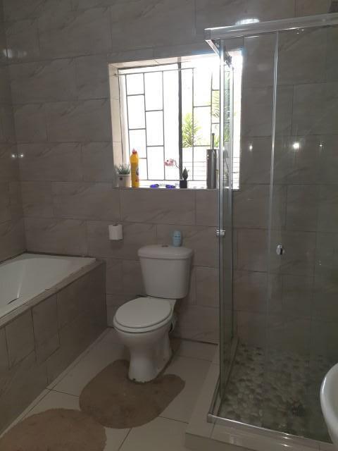Property For Rent in Valhalla, Pretoria 20