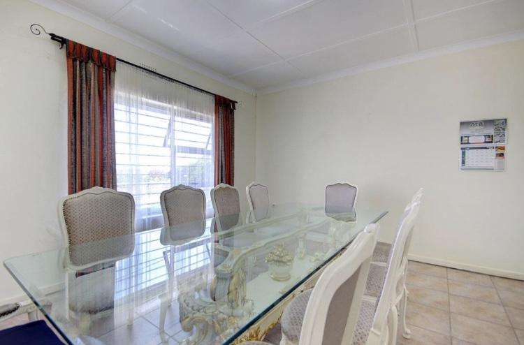 House For Sale in Crosby, Johannesburg