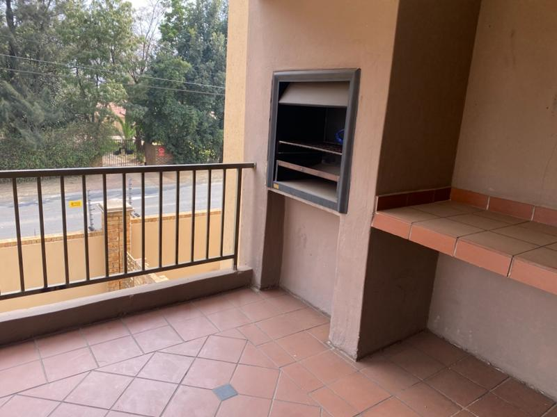 Apartment / Flat For Sale in Noordwyk, Midrand